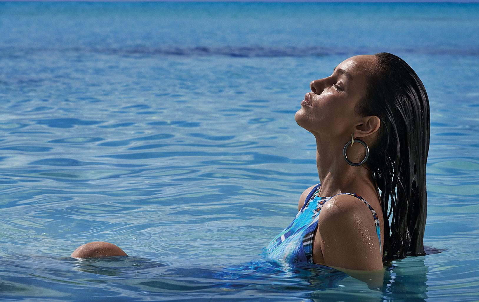 Лума Гроте в купальниках и пляжной одежде модного бренда Cia Maritima / фото 06