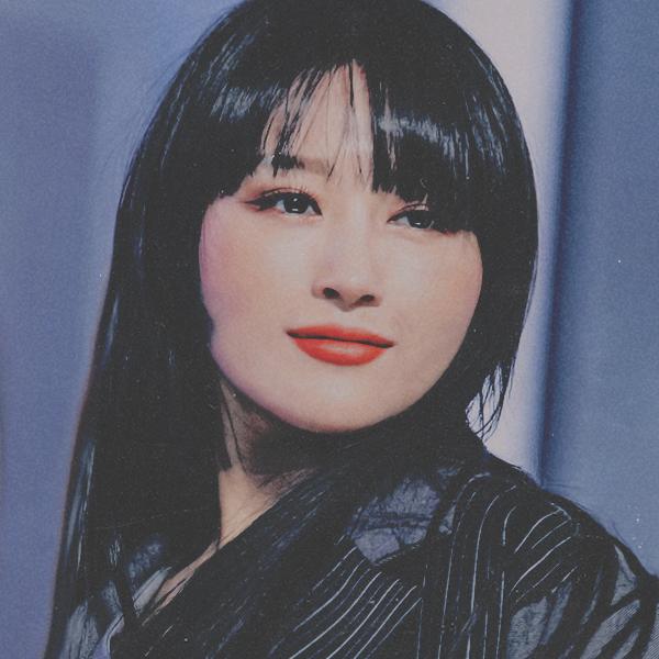 Voir un profil - Lucy S.-Chang TJmDZBw0_o