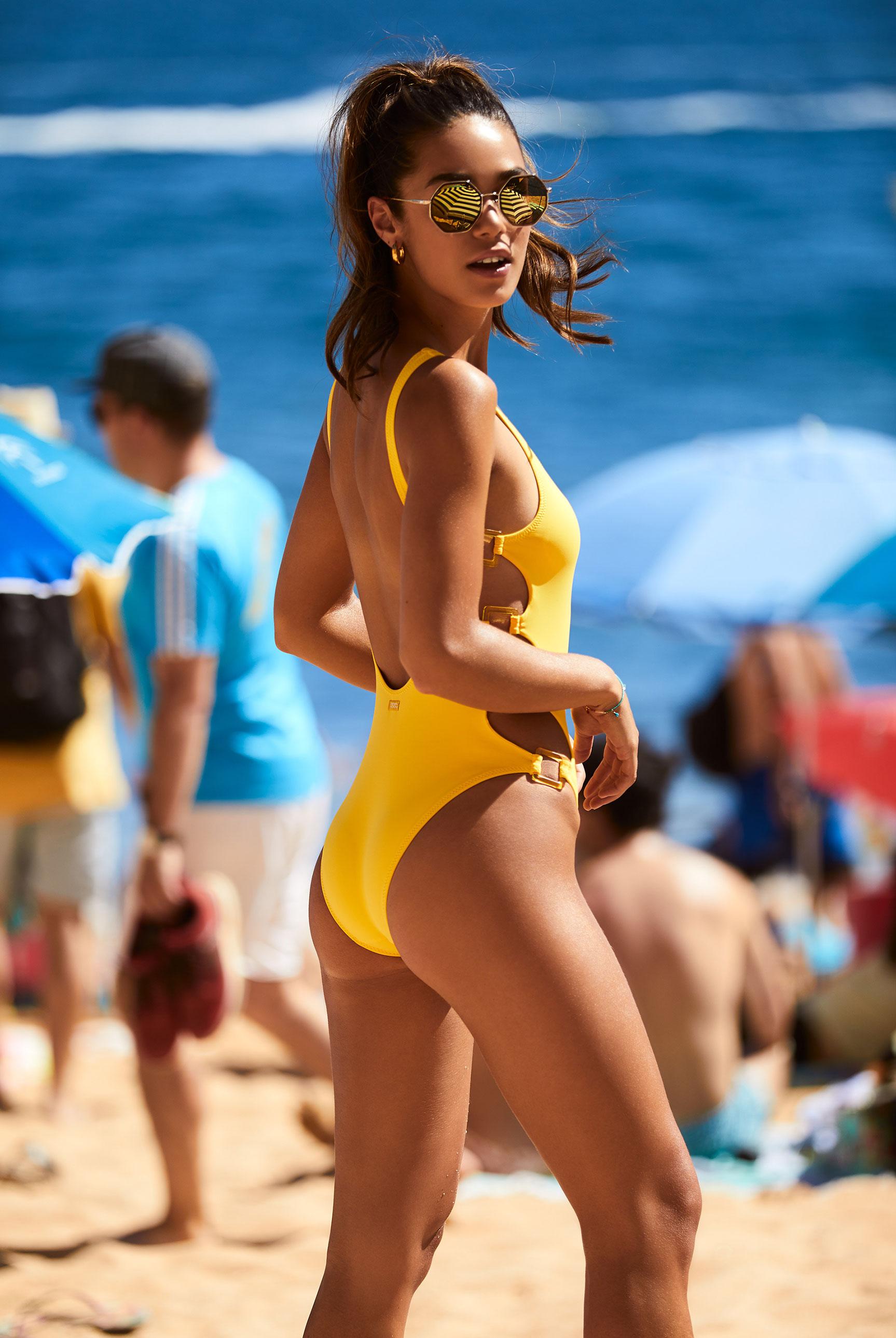 Наринэ Матецкая в купальниках и пляжной одежде BananaMoon, сезон весна-лето 2020 / фото 11