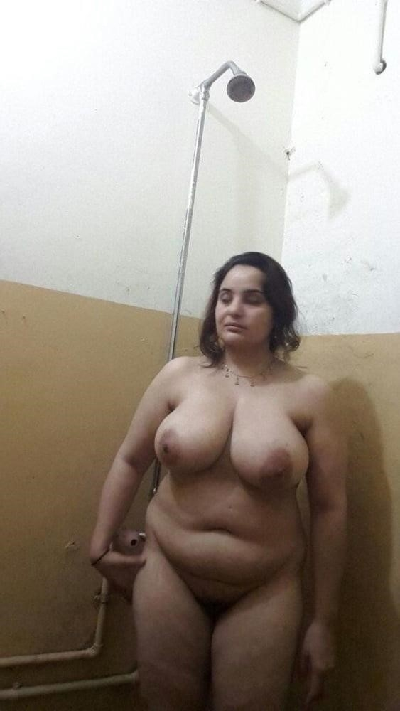 Big boobs lady pic-8618