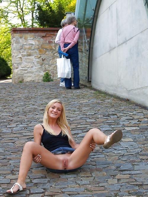 Naked images of lesbians-5442