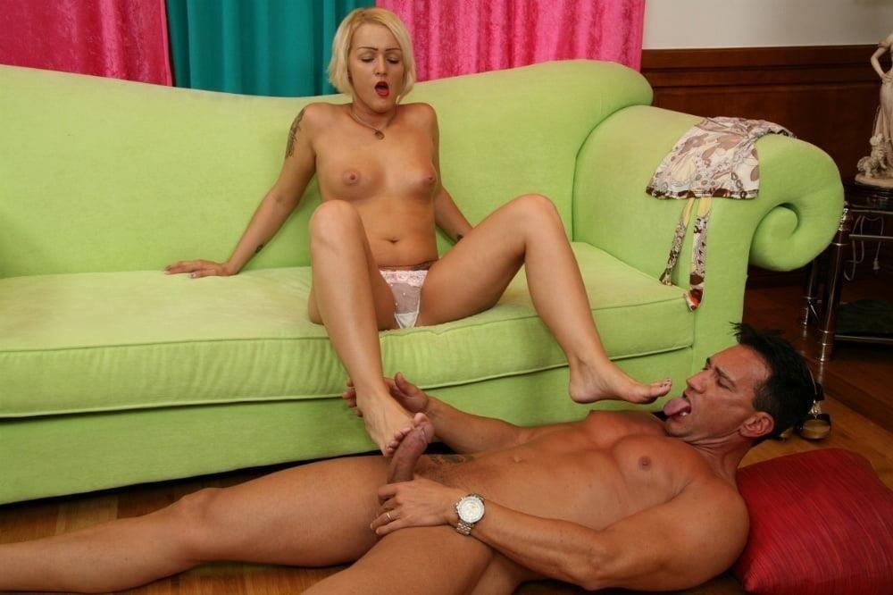 Feet sex kiss-1221