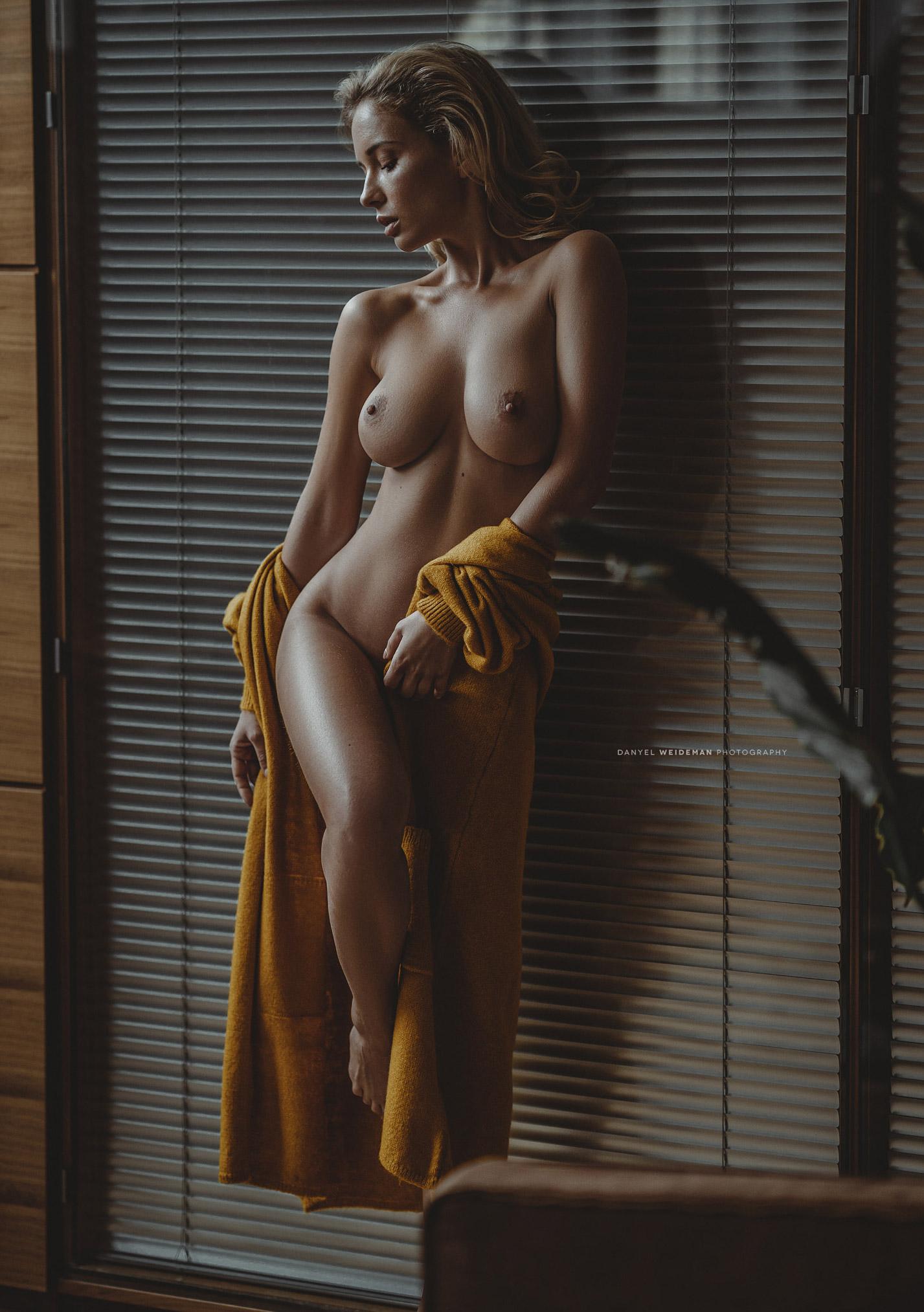 Goddess / Natali Andreeva nude by Danyel Weideman