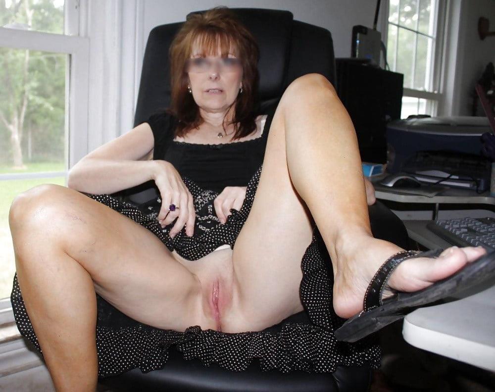 Hot mature wives pics-4355