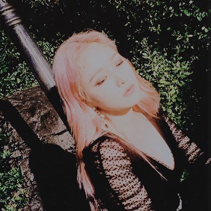 Voir un profil - Suhee Hwang CQer9JHA_o