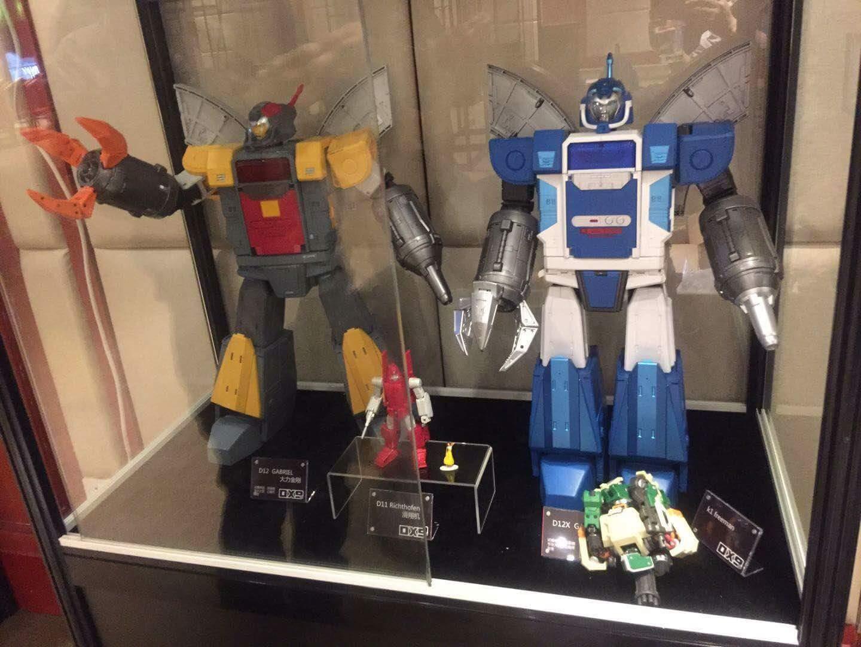 [DX9 Toys] Produit Tiers - Jouet D-12 Gabriel et D-12X Gabriel-X - aka Omega Supreme  et Omega Sentinel (Gardien de Cybertron) WWl8WnwW_o