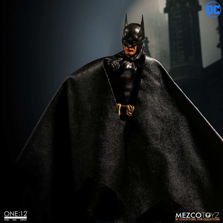 "Sovereign Knight Batman - One 12"" (Mezco Toys) BGq3HQO0_o"