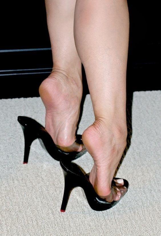 Sexy women feet porn-4987