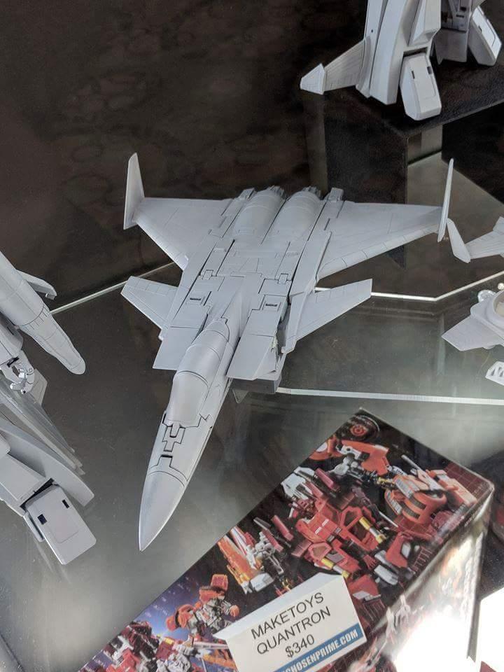 [Maketoys] Produit Tiers - Jouets MTRM-15 Endgame (aka Dirge/Funébro), MTRM-16 Jetstream (aka Thrust/Fatalo) & MTRM-17 Booster (aka Ramjet/Statoréacto) LsPcOVUX_o