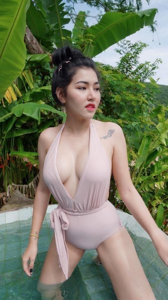 Plump girl anal-9134