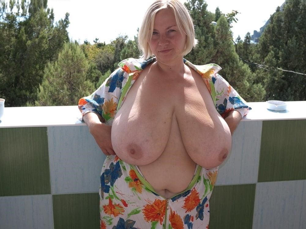 Free big tit mature pics-8560