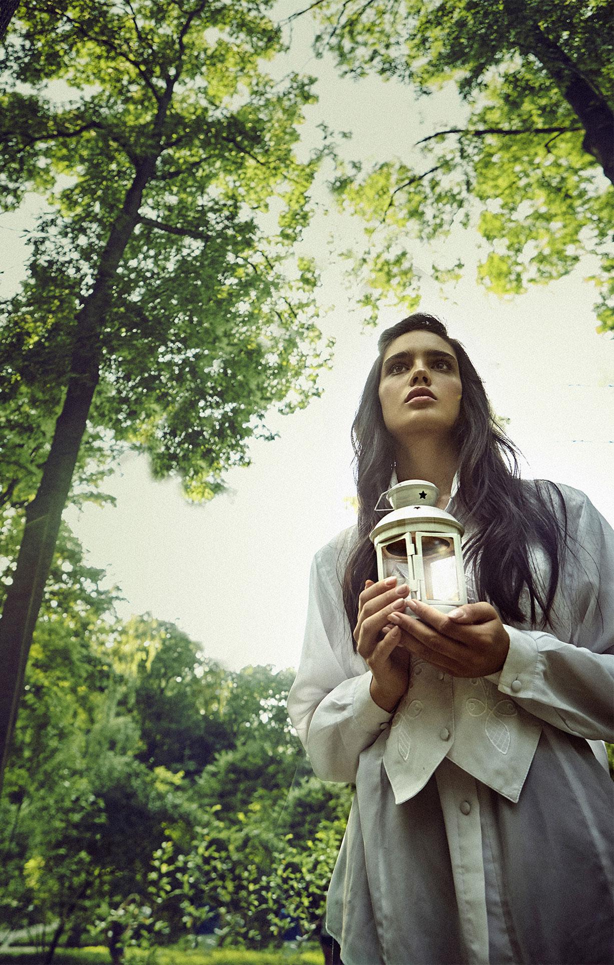 Анастасия Твердохлебова в лабиринте киевского Ботанического сада / фото 0