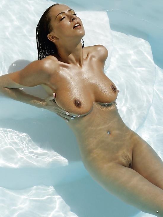 Sexy nude lesbians pics-5147