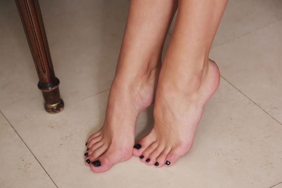 Ddf lesbian foot fetish-4219