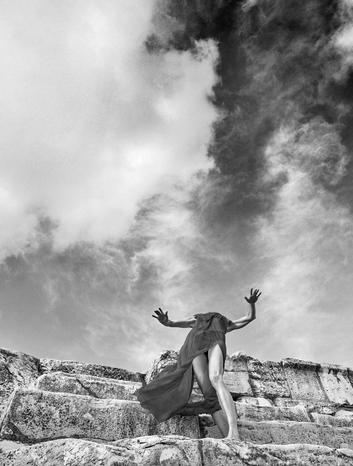 Danse / Marie-Agnes Gillot by Koto Bolofo / Numero-193 may 2018