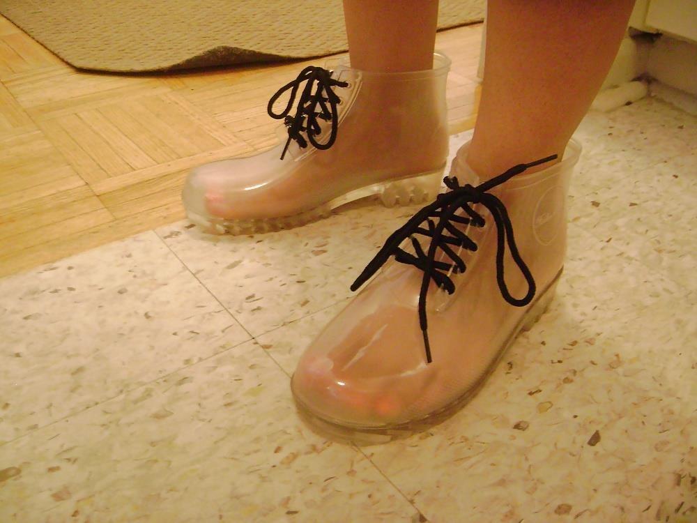 Womens white rain boots-2377