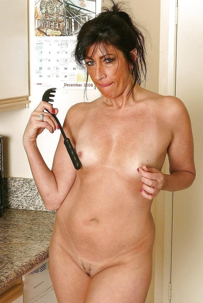 Housewife milf pics-3992