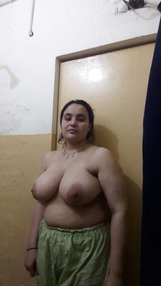 Big boobs lady pic-2515