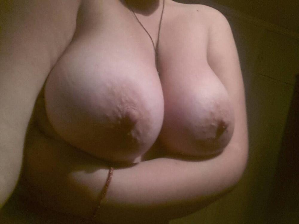 Big natural tits sleeping-9609