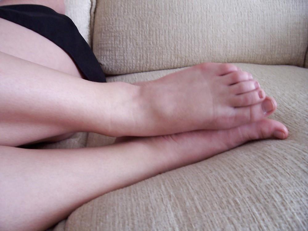 Schoolgirl feet porn-7134
