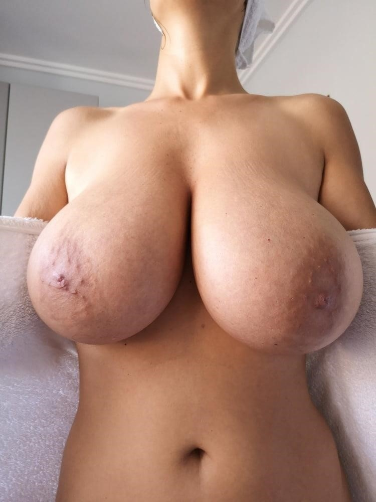 Nude huge big boobs-9718