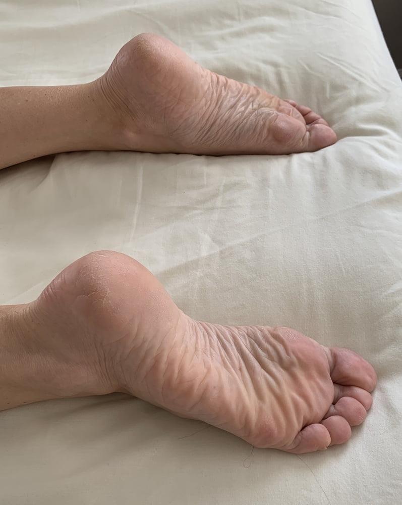 Lesbian feet bondage-7556