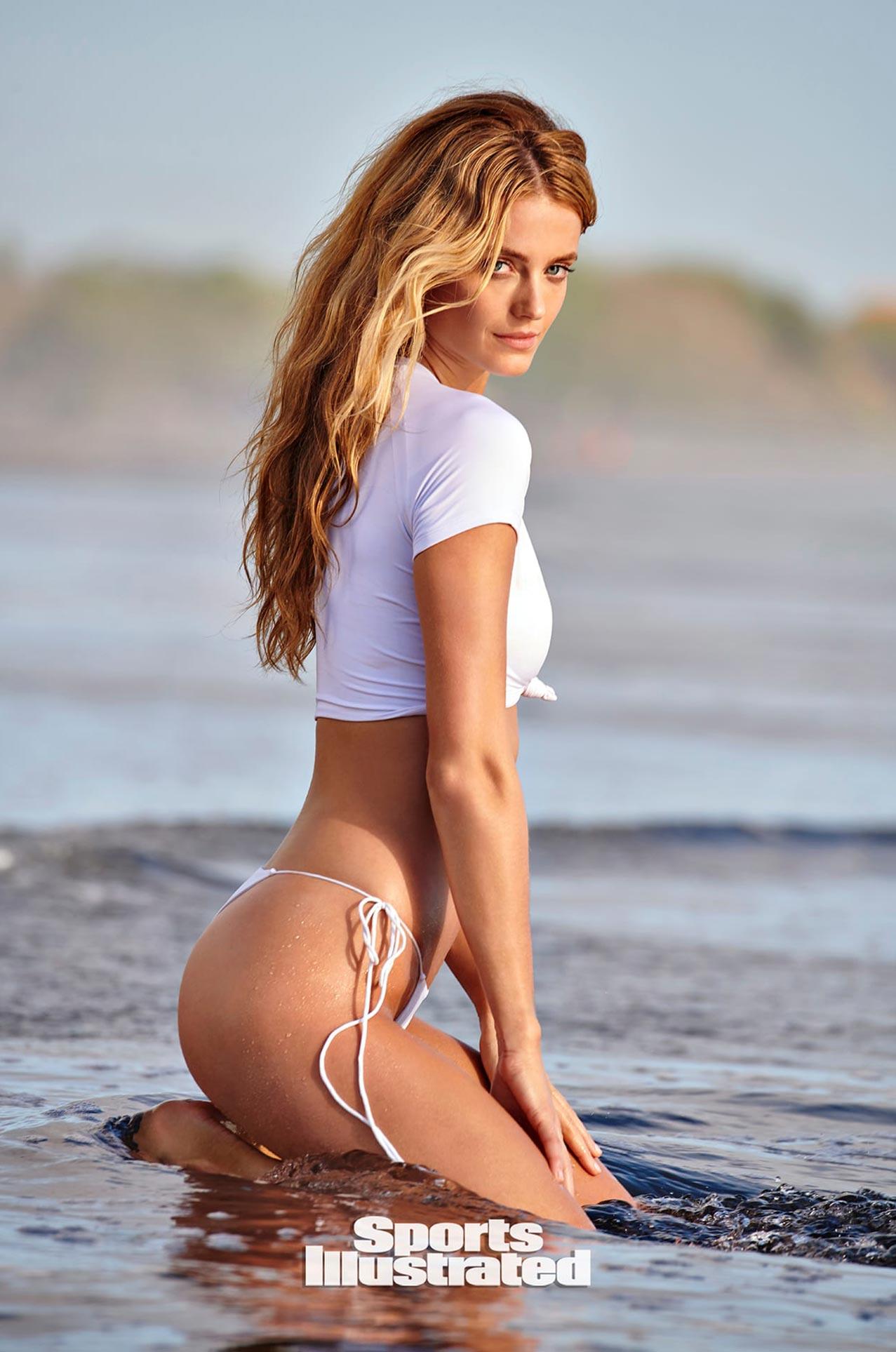 Кейт Бок в каталоге купальников Sports Illustrated Swimsuit 2020 / фото 07