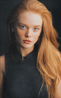 Chloe Sinclair D'Anjou