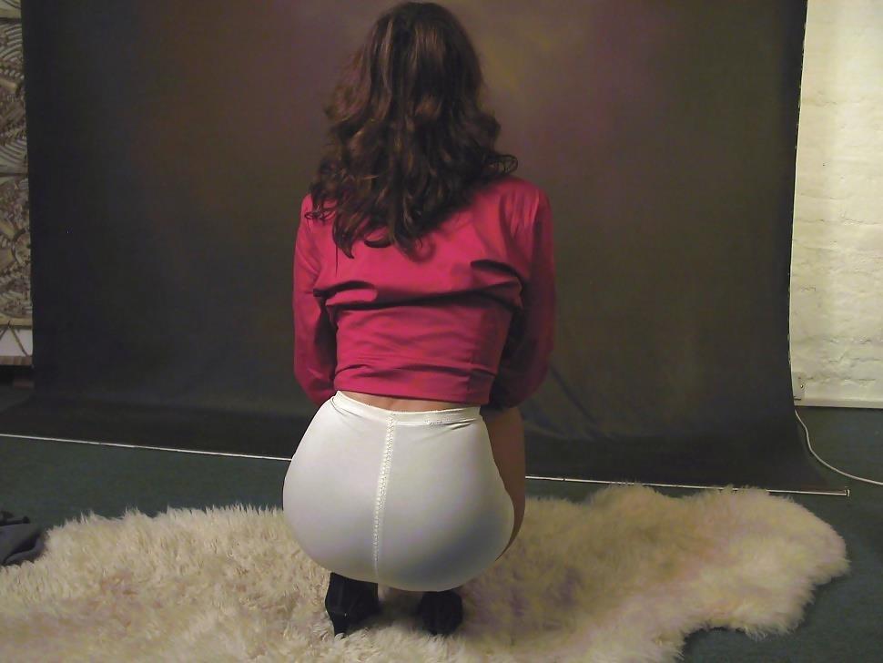 Mature women in girdles pics-9885