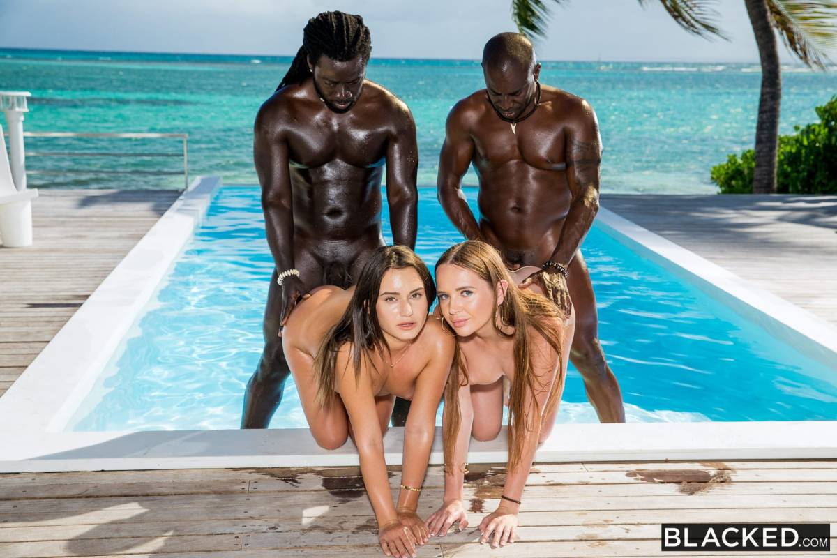 Lana Roy, Kaisa Nord, Joss Lescaf, Freddy Gong – Living In The Moment – Blacked [HD]