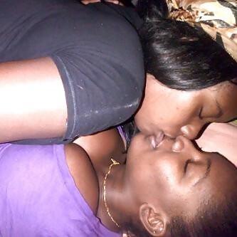 Bi ebony threesome-2740
