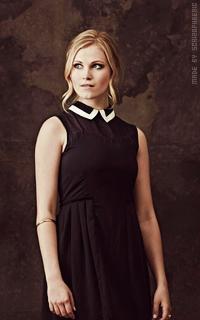 Eliza Taylor-Cotter Y73w7VqI_o
