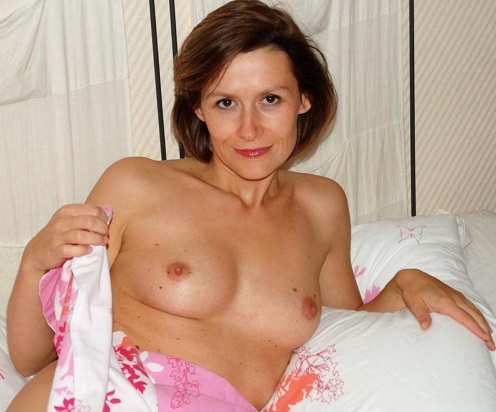 Sharp pain in left breast during pregnancy-5132