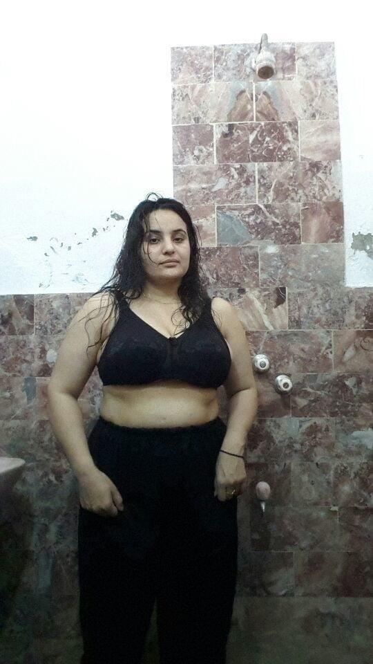 Big boobs lady pic-4190