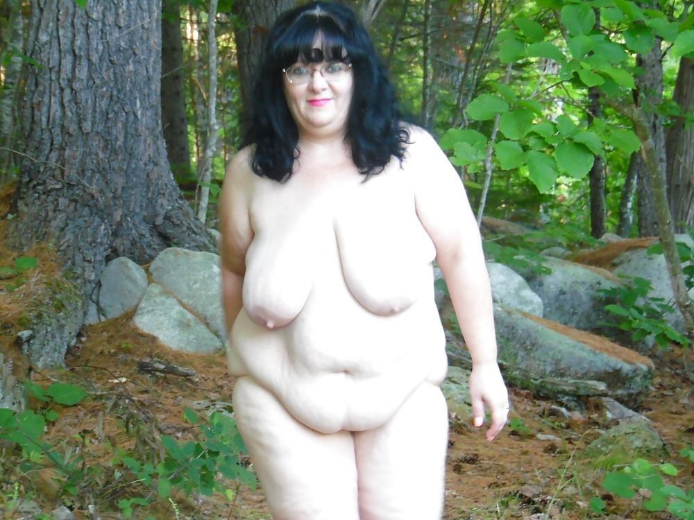 Hot mom big tits pic-9704