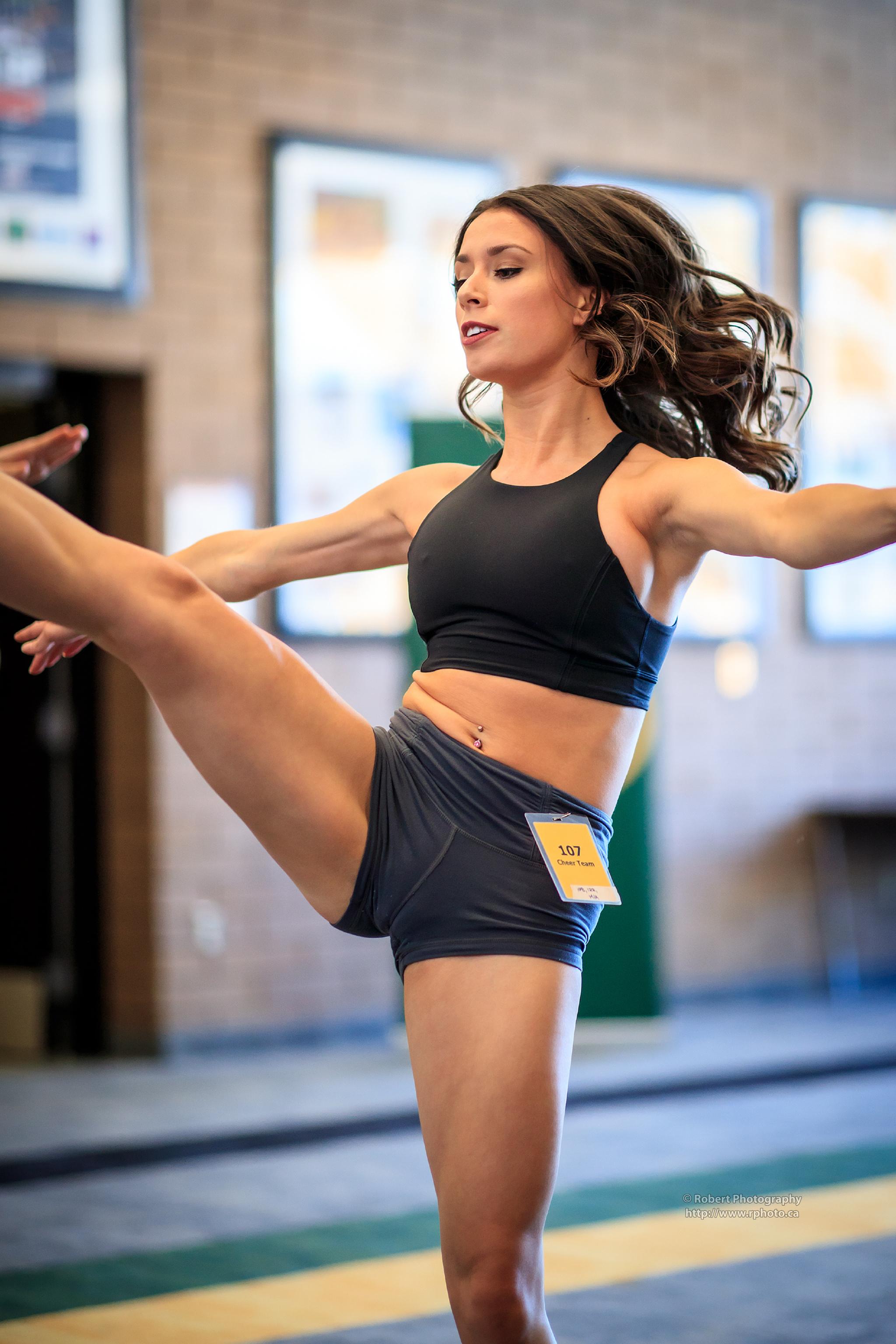 Candid Dancers & Cheerleaders Vol. 05