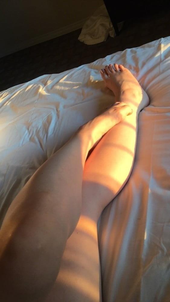 Lesbian long toes-6035