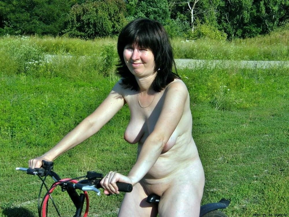 Naked wife in the woods-3851