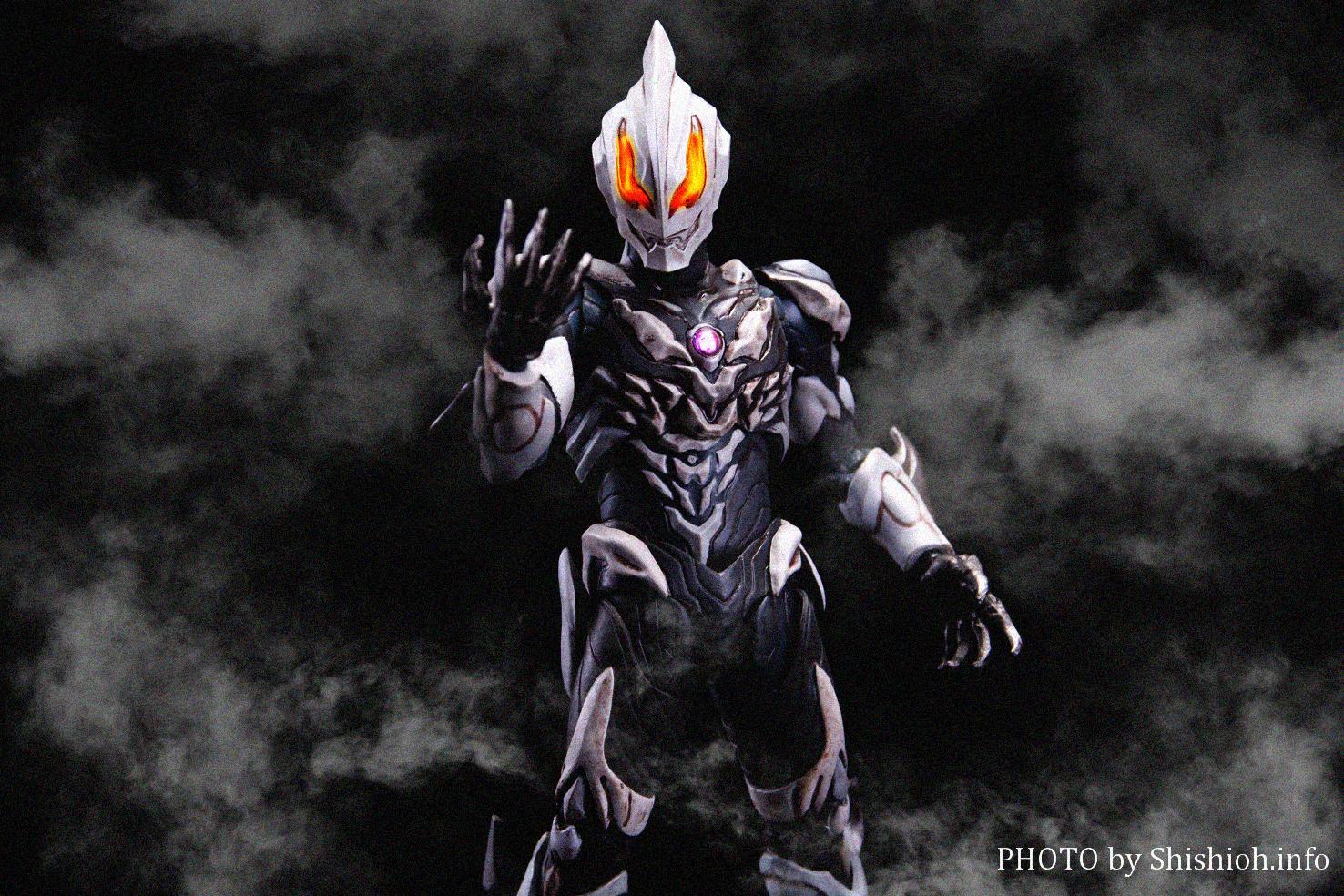 Ultraman (S.H. Figuarts / Bandai) - Page 7 JsgEqB4M_o