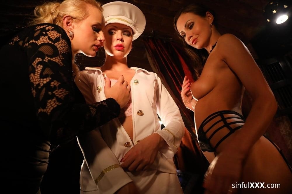 Hot passionate threesome-8915