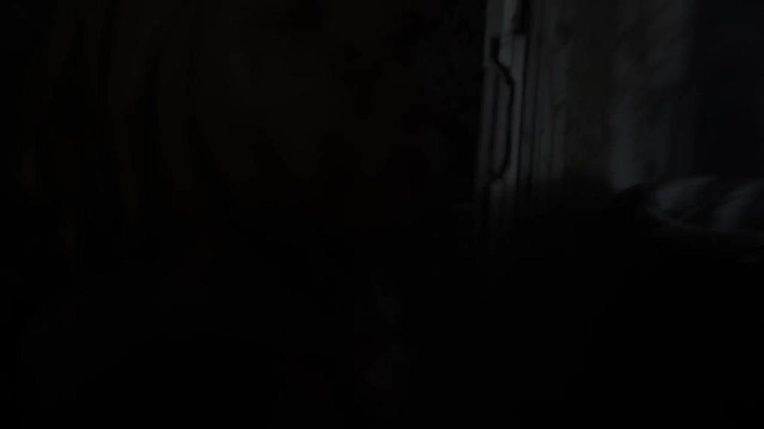 Sink Hole (2013) 720p WEB-DL x264 ESubs [Dual Audio][Hindi+English] -=!Dr STAR!=-