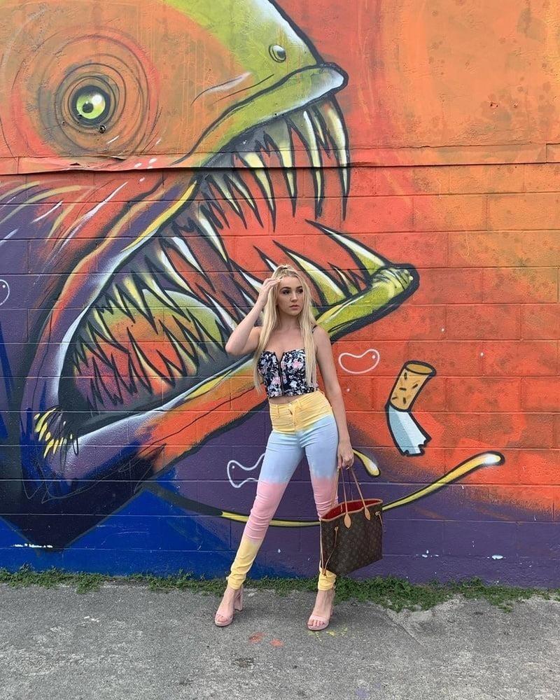 Kendra sunderland selfie nude-4791