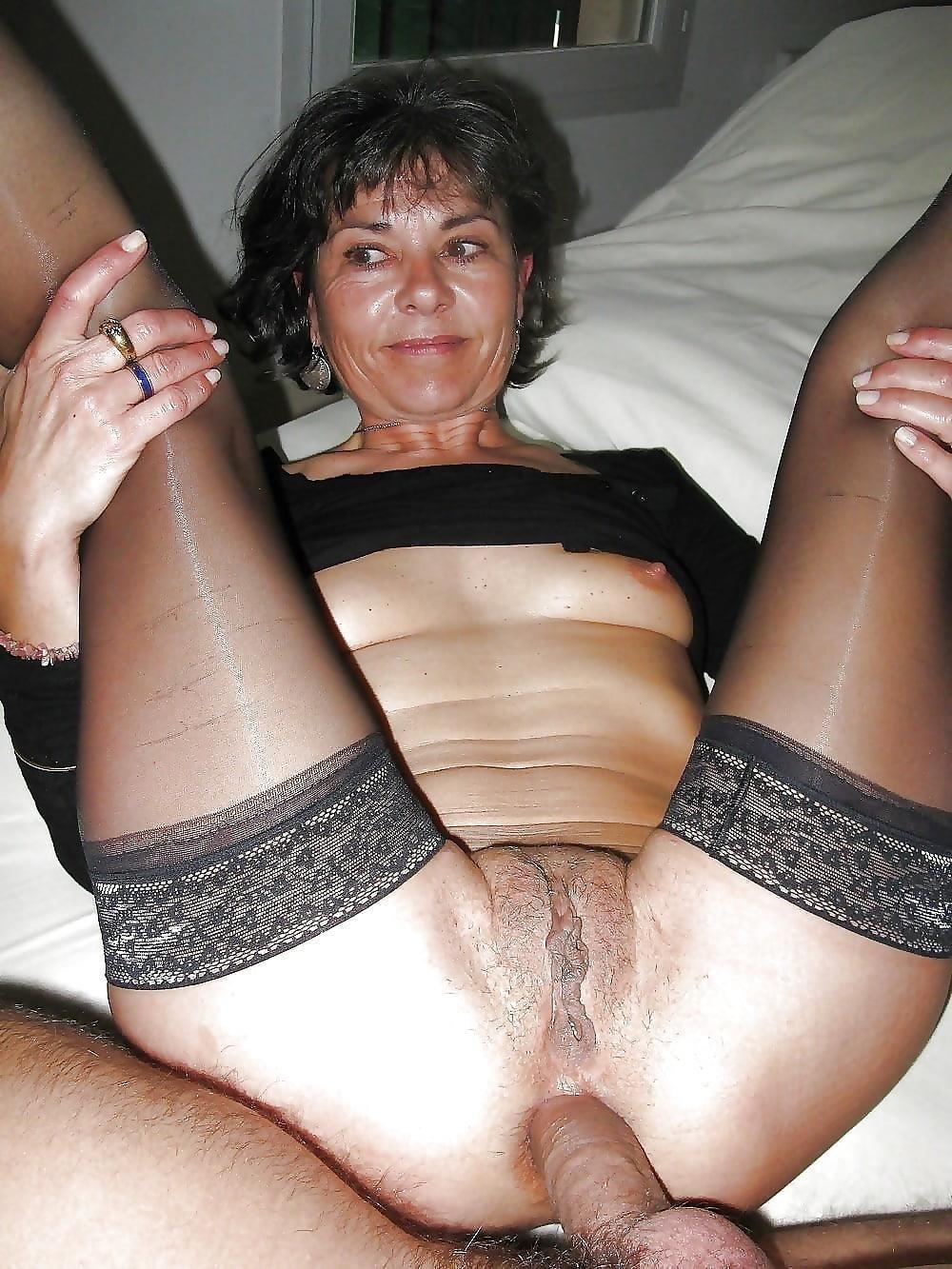 Anal amateur mom-8220