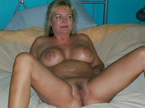 Free pics naked mature women-2267