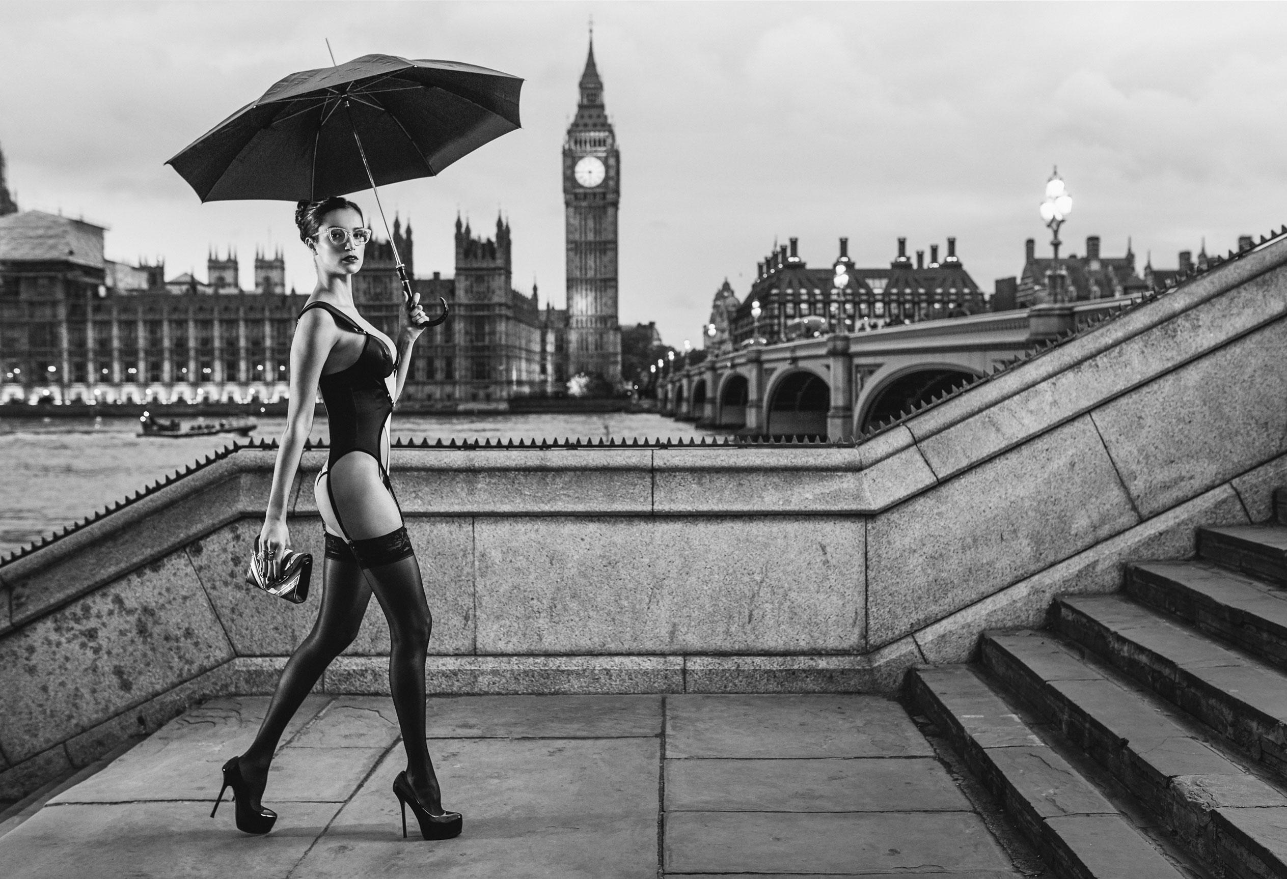 эротический календарь 12 чудес природы / Великобритания 2016 / фото 06