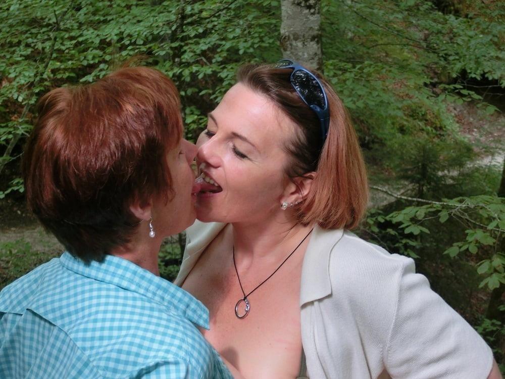 Girls kissing youporn-5395
