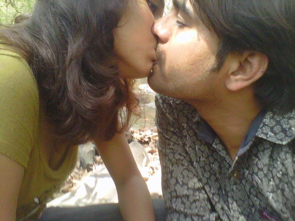 Desi lesbian hot kissing-5438