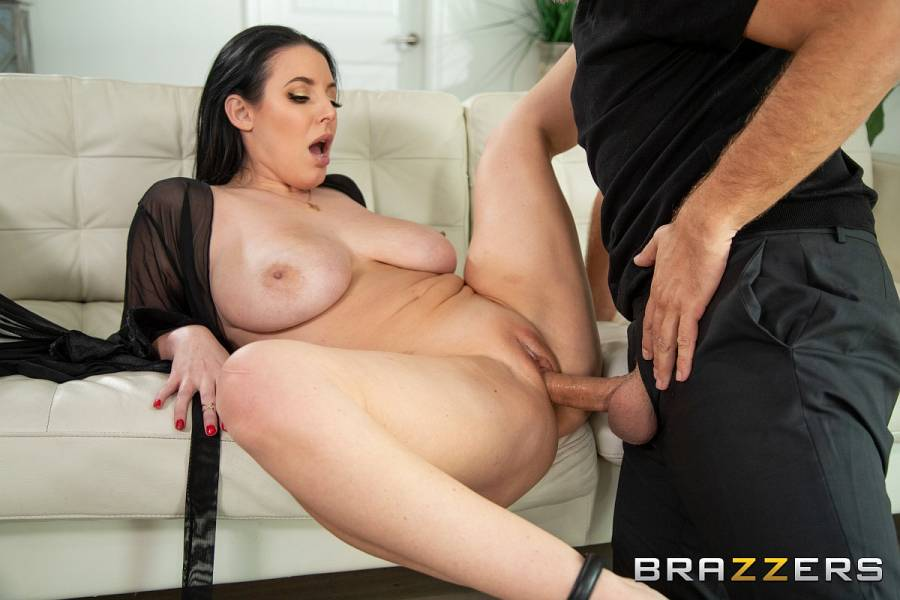 Angela White, Keiran Lee – Blindfolded Fantasy – Brazzers Exxtra – Brazzers