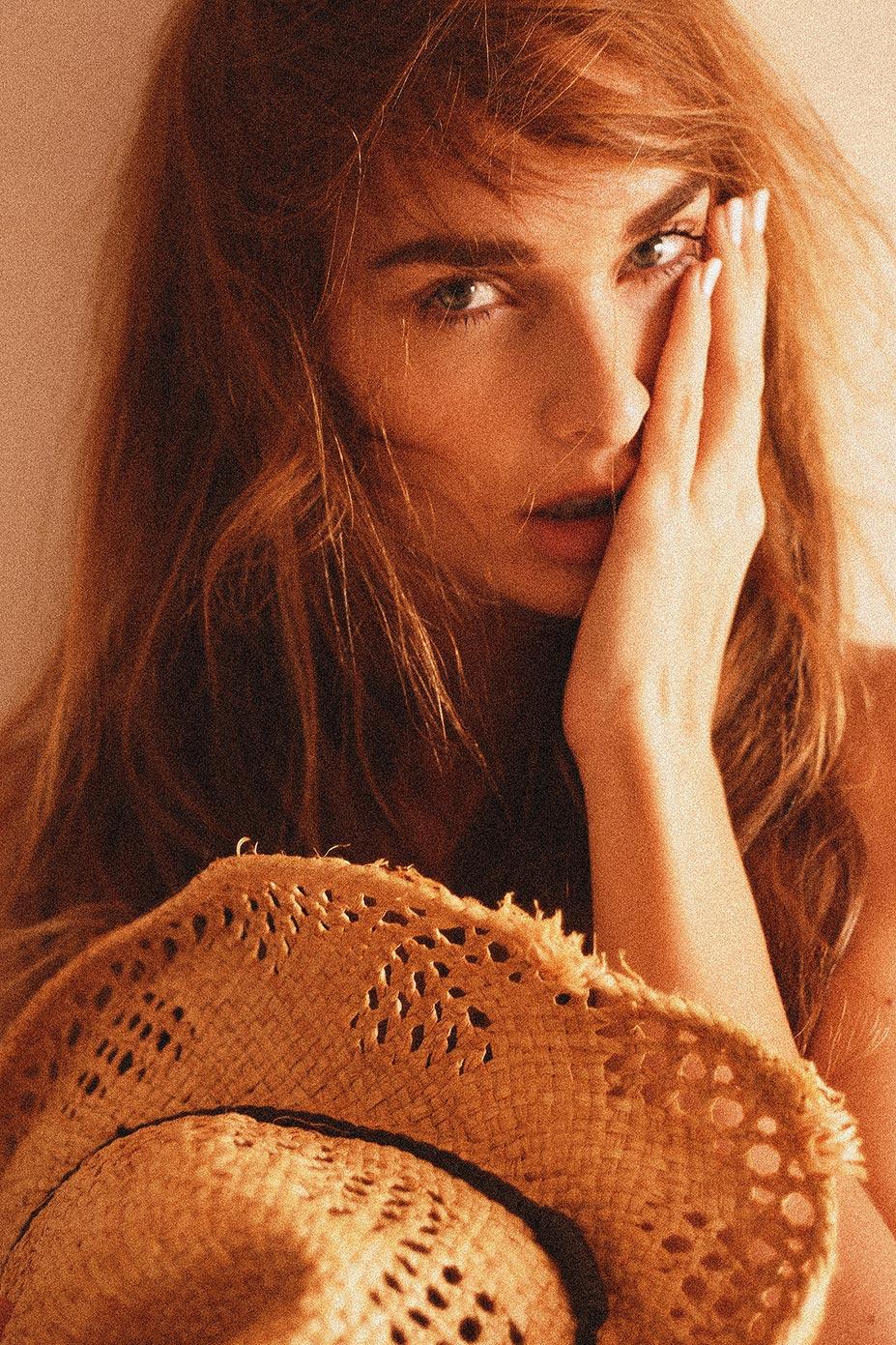 The Sensual Side / Zsuzsanna Malomhegyi by Melissa Cartagena