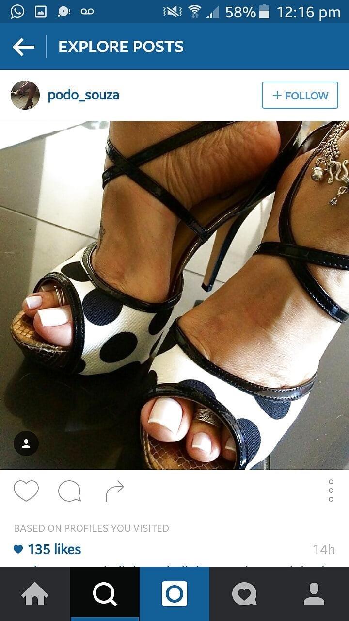 Sexy feet woman-1046